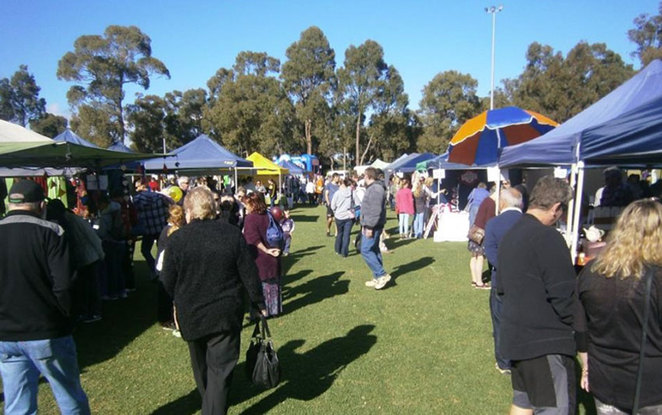 Crowd View at Roleystone Markets
