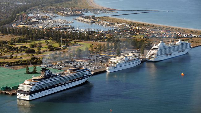 Cruise Ships in Adelaide, P&O Cruises, Outer Harbor, Queen Elizabeth, Statendam, Pacific Eden, Port Adelaide, Cruise Ships