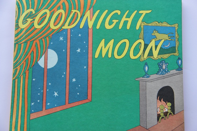 goodnight moon, margaret wise brown, clement hurd, books to read to babies, books to read to your baby, books for babies and toddlers, good books for babies