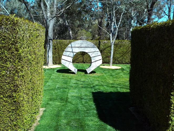 house of representatives formal garden, parliament house, canberra, events, weddings, ACT, canberra, flowers,