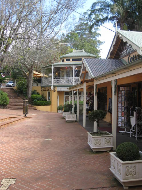montville, shops, restaurants, gifts