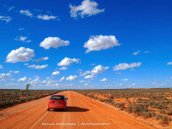australia outback dirt road