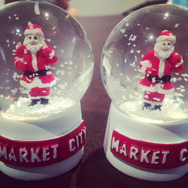 christmas at market city, snowglove, free souvenir, christmas in sydney, fun for kids, fun free things for kids at christmas