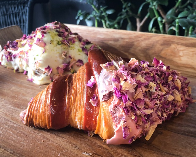 Croissant, Bakery, Pastry, Breakfast, Snack, GMV, top, food, review, Sydney