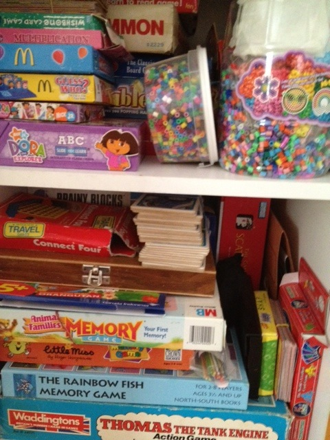 games, board games, strategy games, educational benefits, non-screen activity, problem solving,