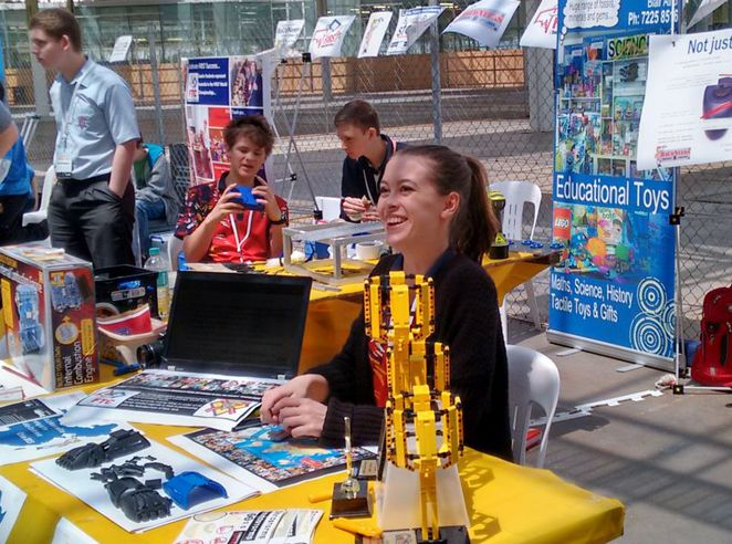 maker faire adelaide, maker faire, things to see and do, free things to do, fun things to do, fun for kids, activities for kids, family friendly, tonsley