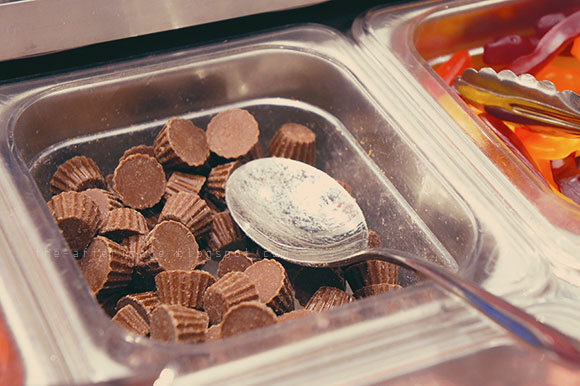 myfroyo, dessert, froyo, topping, chocolate, reese's peanut butter cups