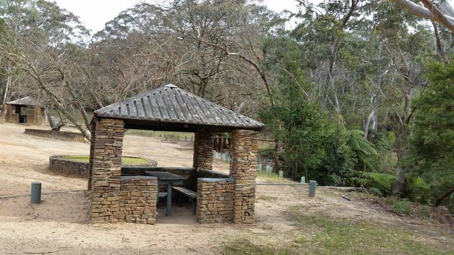 pope's glen track, blackhealth, lookouts, blue mountains, picnic spots, govett's leap