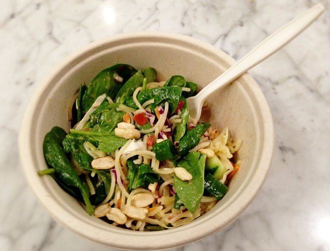 saigon salad, thr1ve, thrive, canberra, canberra centre, healthy takeaways, ACT, salads, fitness, health foods,