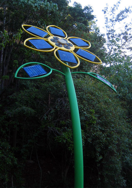 Sunflower Mobile at Kangaroo Point (it unfortunately doesn't like up at night)