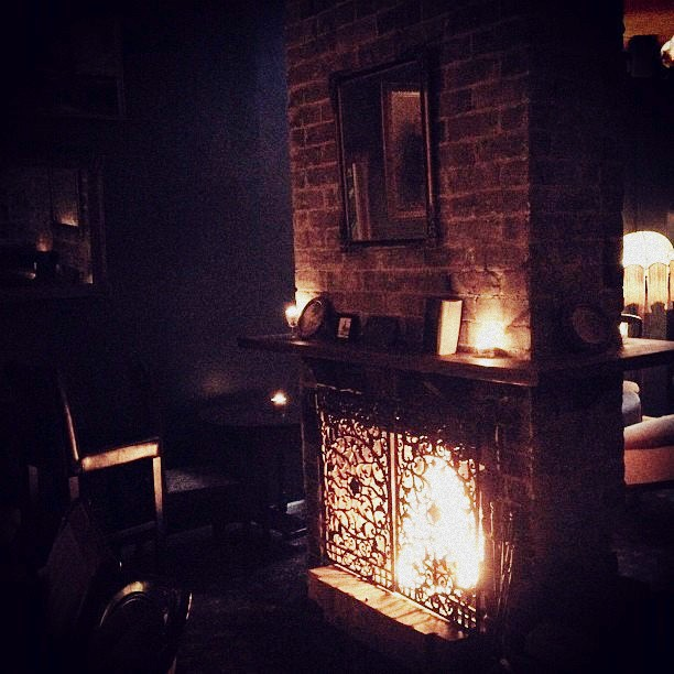 the foxtrot, bars with fireplace, sydney, fireplace pub