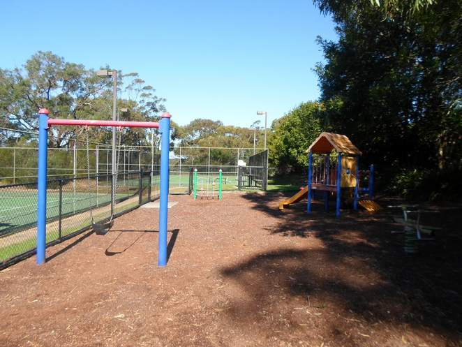 warrimoo oval, st ives chase ovals, st ives playgrounds