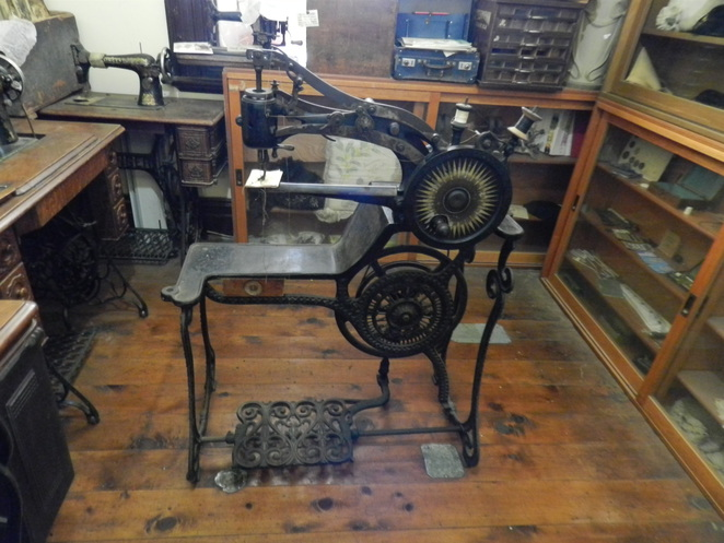 Woolpack Inn, Museum, Holbrook, Singer Sewing Machine