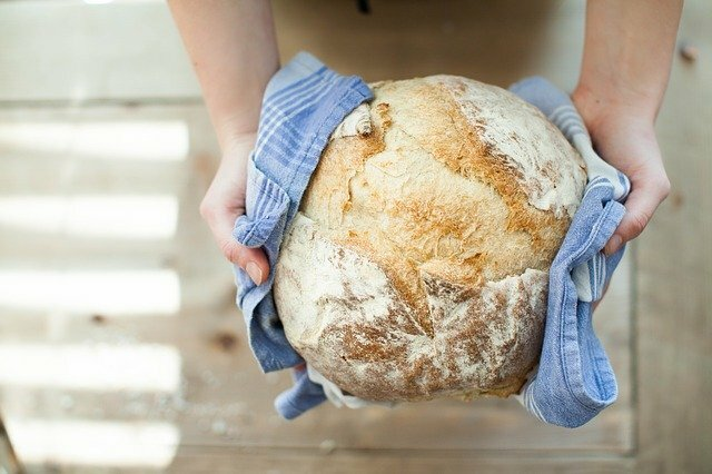 bake bread at home from scratch