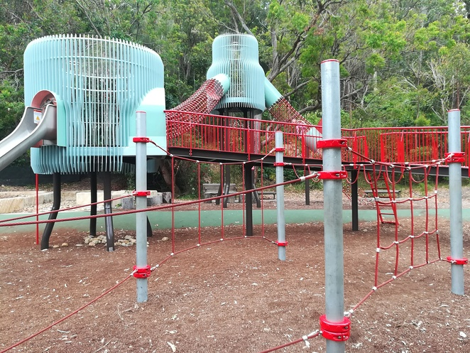 blackbutt reserve, peacocks, animals, playgrounds, carnley reserve, kids, children, zoos, school holiday activities, free entry, newcastle council, NSW, things to do in newcastle, kids, free entry, near kotara westfield, playgrounds in newcastle, richley playground,