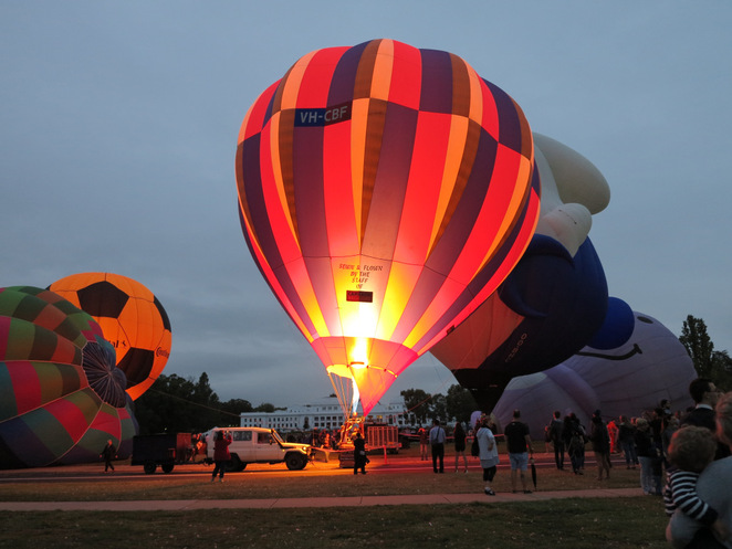 Canberra Balloon Spectacular, Canberra events and fesivals, things to do in Canberra, hot air balloons Canberra, balloon flights canberra