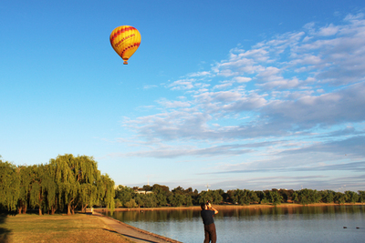 hot air balloon, canberra, balloon aloft