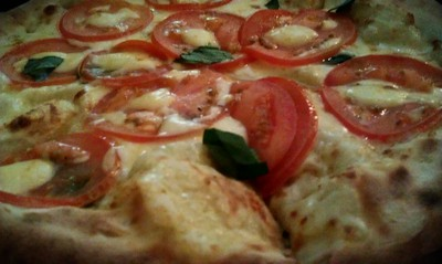 Bocconchini, Basil and Tomato pizza