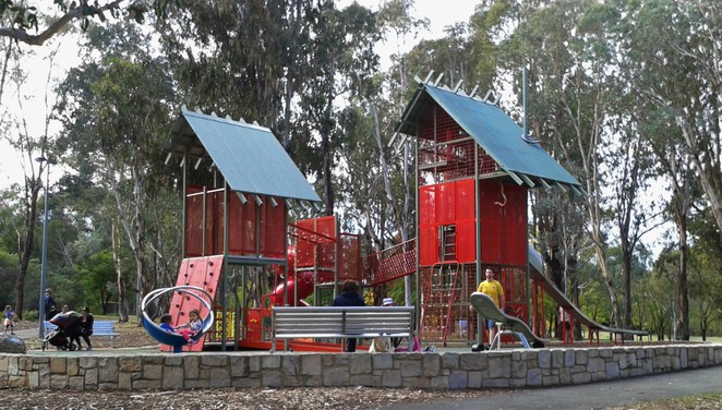 john knight memorial park, playground, belconnen, canberra, ACT, pram walks, lake ginninderra,