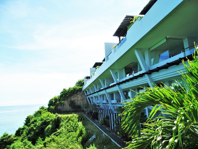 ocean view suites at Samabe Bali Suites & Villas