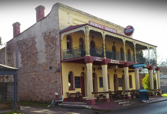 royal hotel, bungendore, NSW, day trips, canberra, ACT, restuarants, historical buildings,