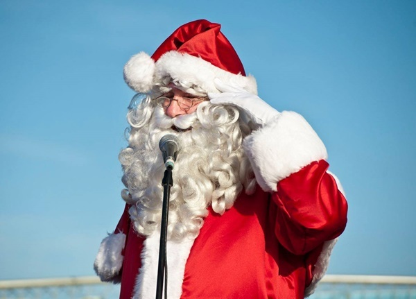 Santa,Claus,is,coming,to,town