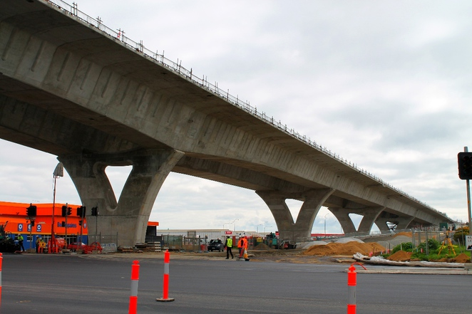 south road superway, superway, south australia, adelaide, construction, segments, roadway, road, traffic, piers