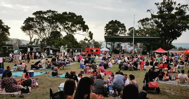 street food social, nelson bay, fly point, port stephens, newcastle, medowie, raymond terrace, NSW, food trucks, live music, whats on, events, nightlife,