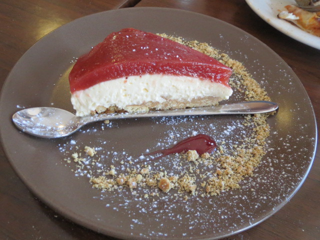 360 Gradi Cafe, Strawberry Cheesecake, Adelaide