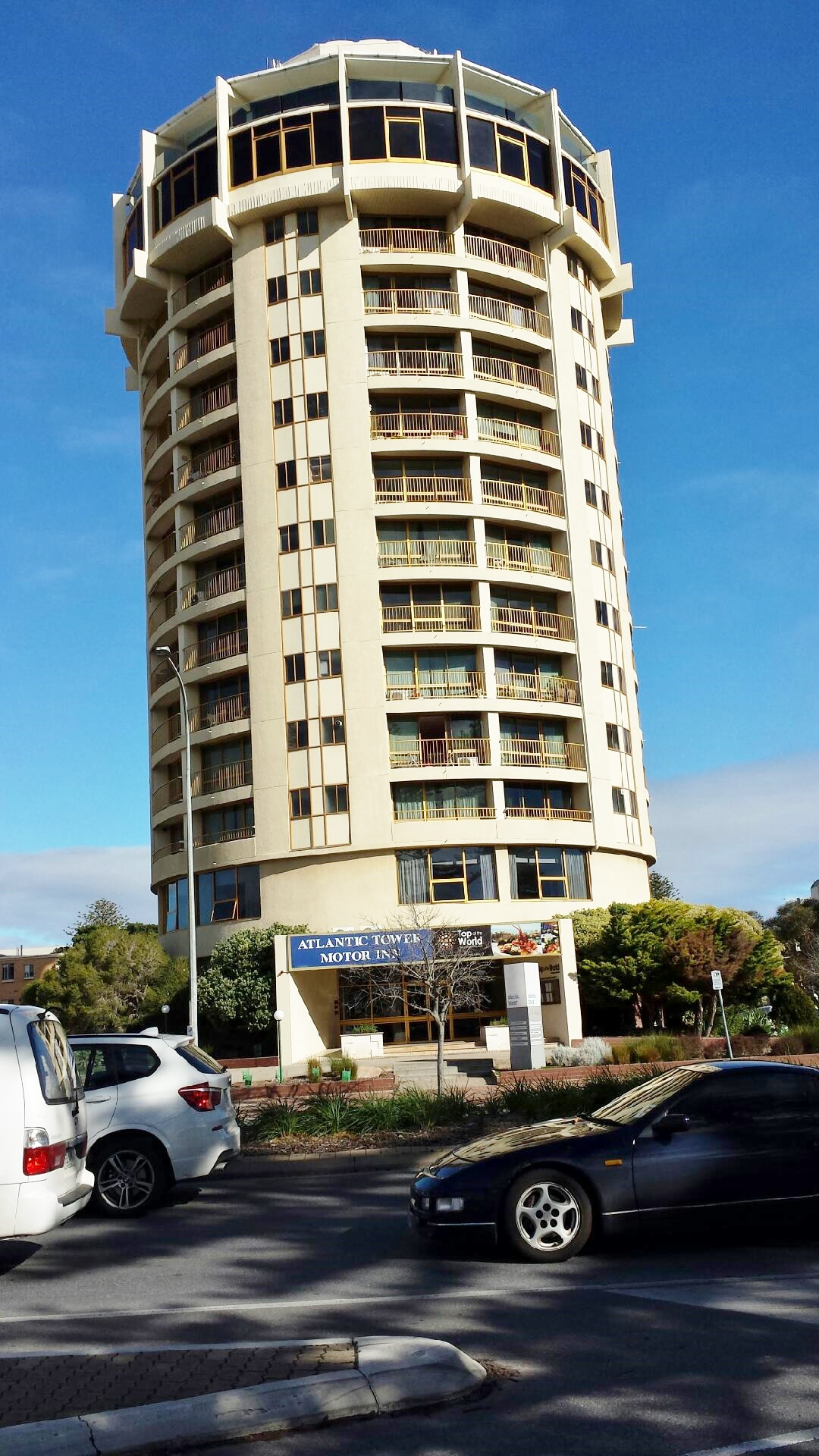 atlantic tower motor inn adelaide