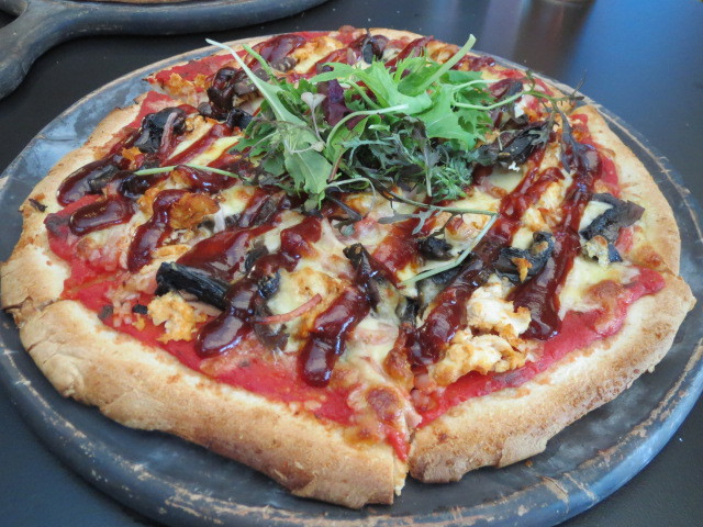 Highlander Hotel, Top Paddock, Charcoal Chicken Pizza, Adelaide