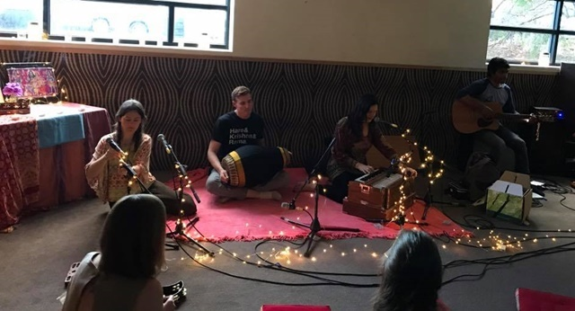 Kirtan,at,Kindred