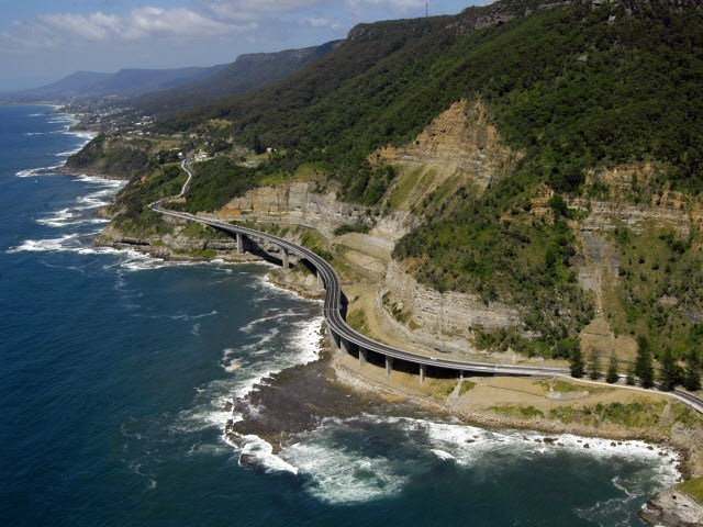 sea cliff bridge at coal cliff