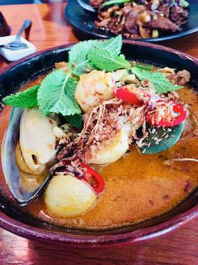 Seafood curry laksa @ Lemongrass #BED