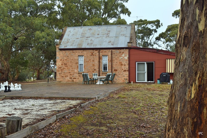 White Hut Chapel, Clare Valley Cabins, Stanley Flat, White Hut, Riesling Trail, Sevenhill Winery, Mawson Trail, Heysen Trail