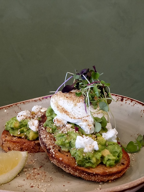 Avocado, cafe, lunch, dinner, eat local, family friendly, lower plenty, brunch, foodie