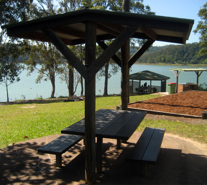 Picnic and barbecue area at the southern end of Baroon Pocket Dam