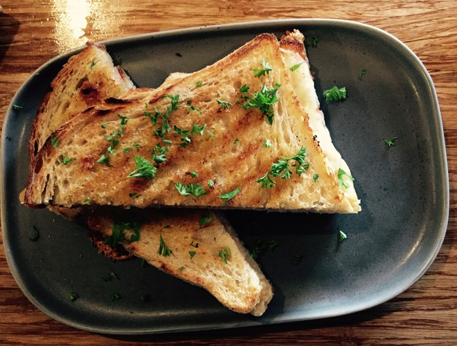 Café, Lunch, Breakfast, dinner, craft beers and ciders, Coffee shop, Tapas, Bar in Eltham, Eltham restaurant, new café in Northern suburbs,