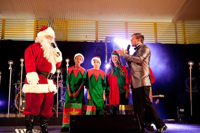 Carols at Cotton Tree, Maroochydore, free event, entertainment, food stalls, coffee, fireworks, Santa Claus, free parking, family event