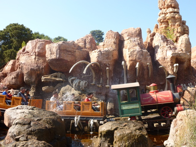 disneyland big mountain thunder railroad