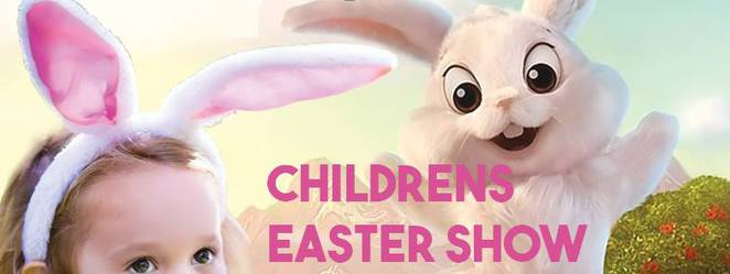 FREE Easter Bunny Childrens' Shows, school holidays, Caloundra RSL, The Easter Bunny's Apprentice, interactive, 3 to 10 year olds, free easter egg