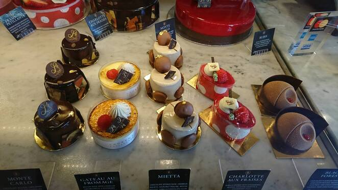 Laurent cakes sweets