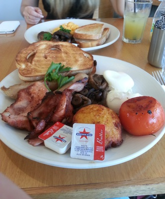 north point cafe, breakfast, big breakfast