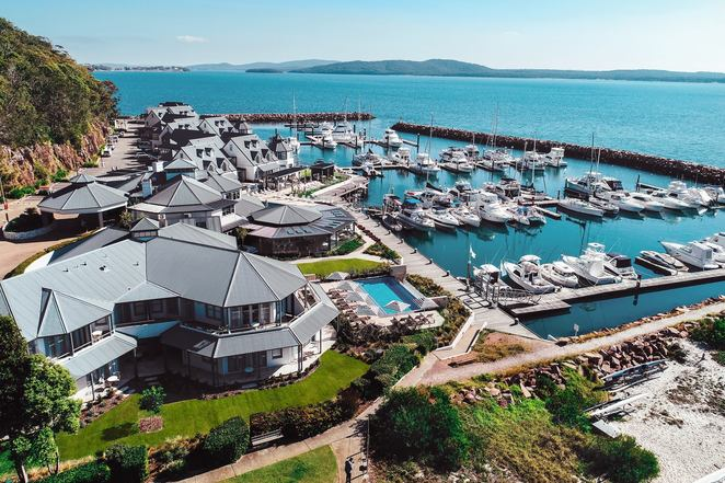 the anchorage, port stephens, nelson bay, water views, restaurants with views, romantic, hotels, restaurants, water views,