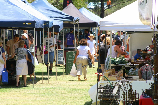 The Gap Farmers' Market, Hilder Road State School, The Gap, market, farmers, fresh produce, food, drink, handmade, live entertainment, weekend markets, Alfred, Lucina