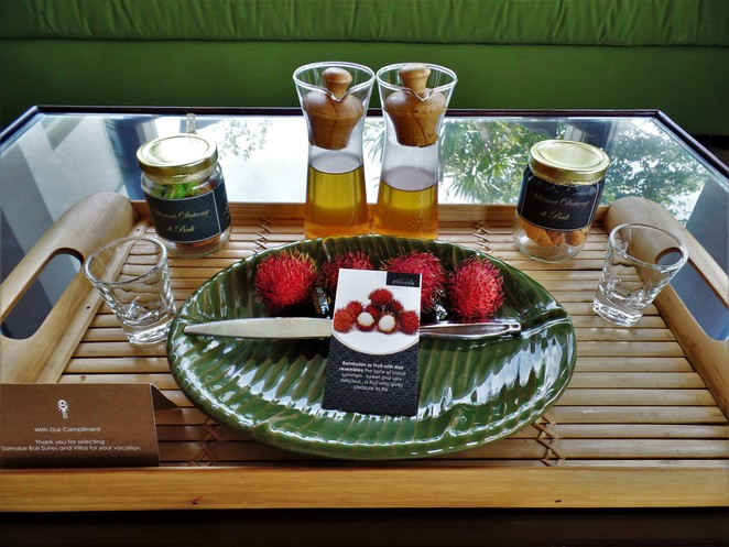 daily fruits, snacks and tea at Samabe Bali Suites & Villas
