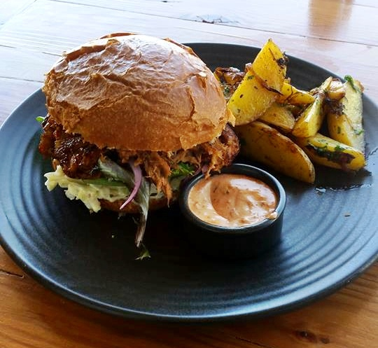 7th Bake and patisserie, canberra, kingston, cafes, bakery, patisserie, ACT, breakfast, lunch, tea, coffee, lonsdale street coffee, pulled pork burger,