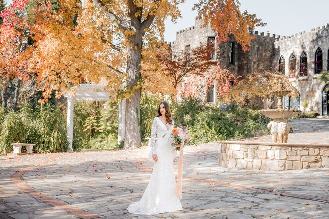 adelaide's annual wedding expo, bride, groom, wedding, mother of the bride, food trucks, wedding planners, photography, videography, flowers, wedding dress, invitation, cars, hens parties, fitness, wedding cake, jewellery, celebrant, hair