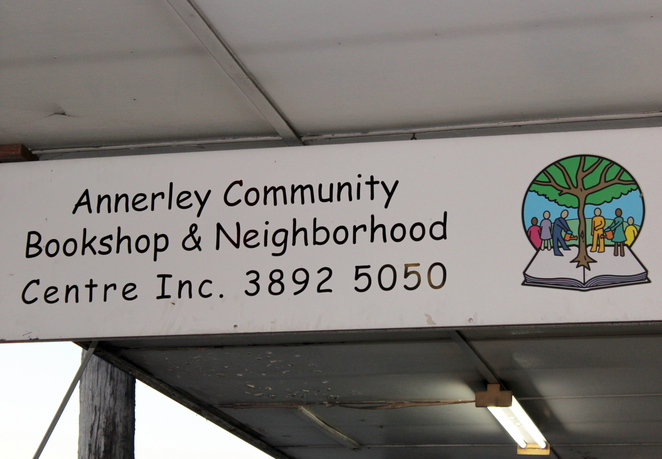 annerley, bookshop, bookstore, books, read, second hand, op shop, donations, reading,