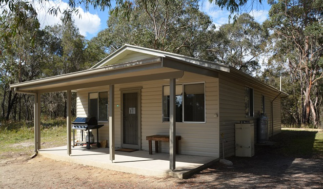Photo of Robinsons Cabin at Boonoo Boonoo courtesy of NSW National Parks and Wildlife Service